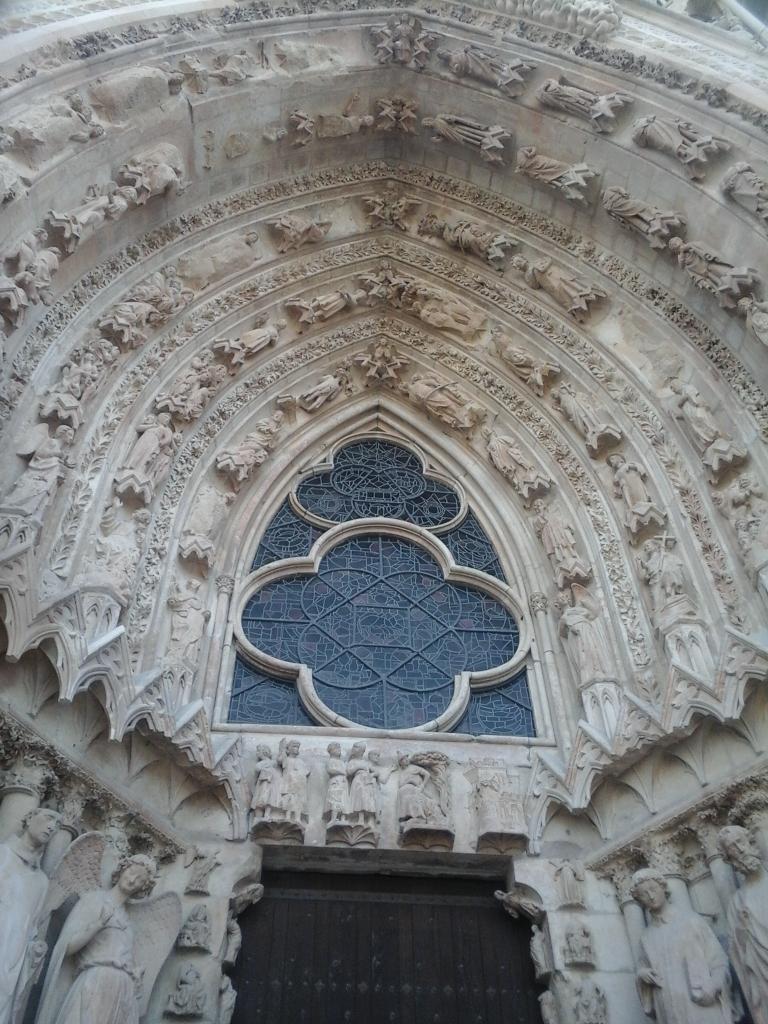 Rosace de la porte de la cathédrale